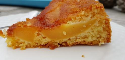 quatre-quart caramélisé aux pommes